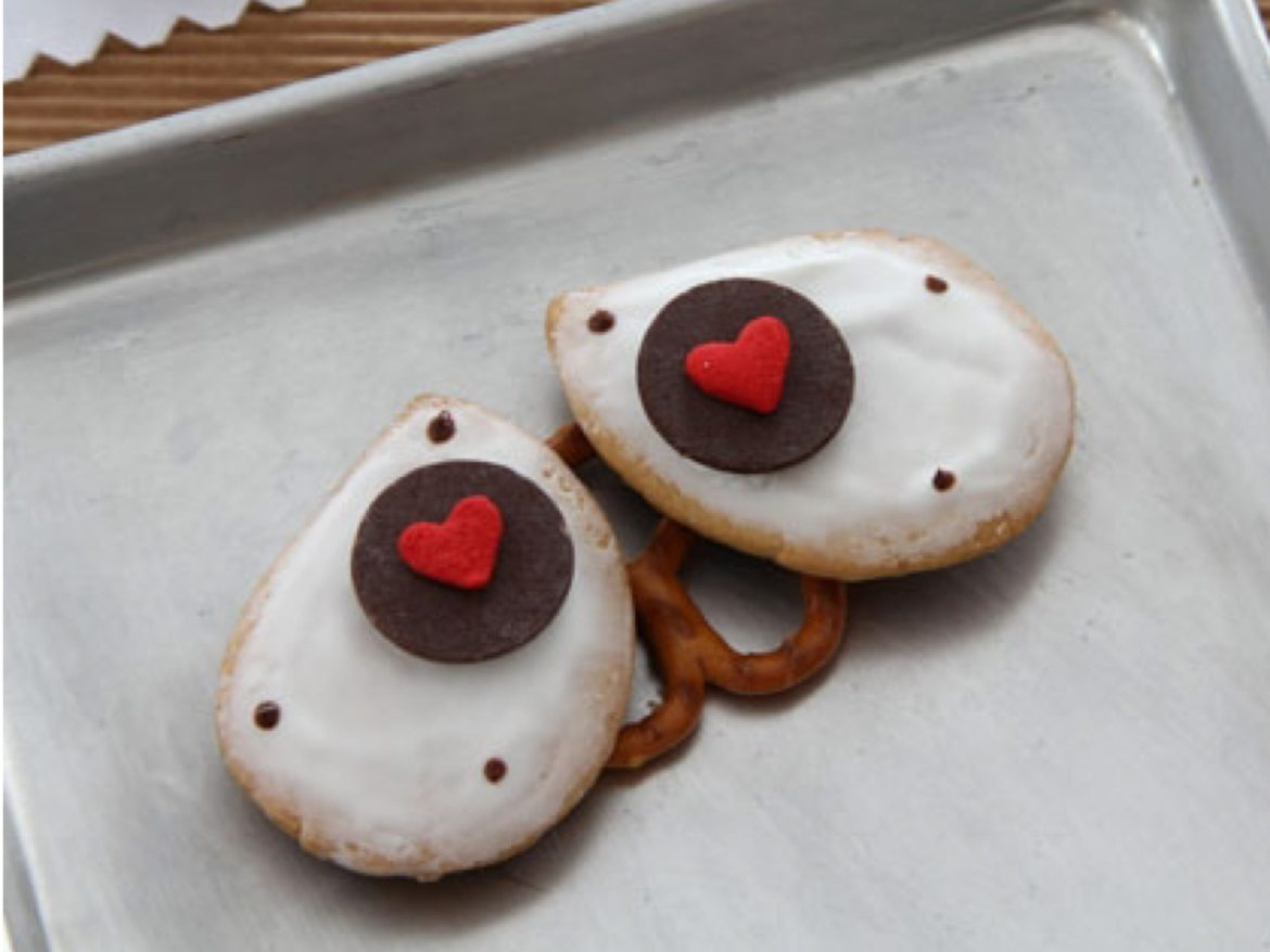 Sweet Wall-E Cookies To Share With Your Valentine!