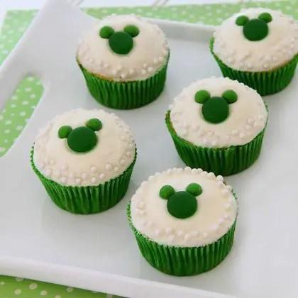 Mickey Saint Patrick's Day Cupcakes