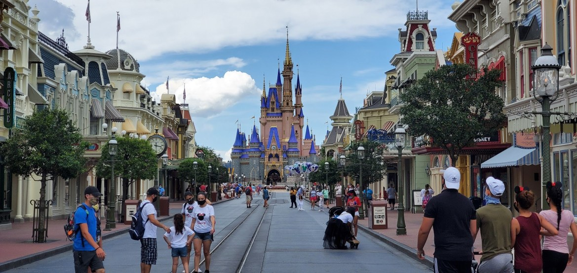Disney World releases operating hours through May 1st, 2021