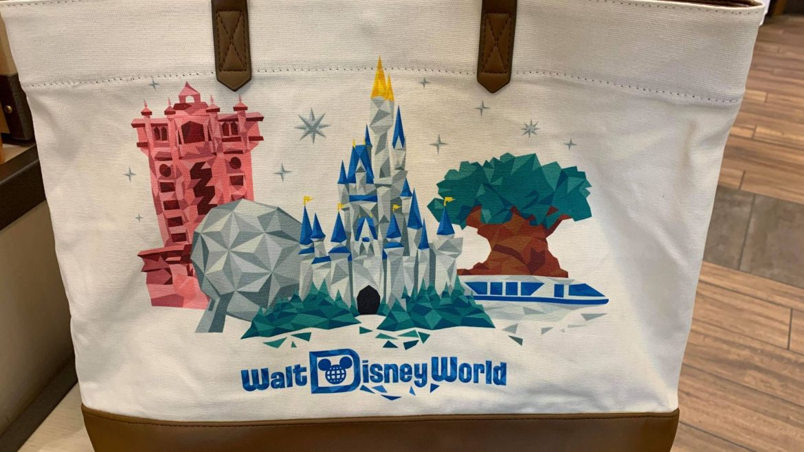 Disney World & Starbucks team up for this super cute tote bag