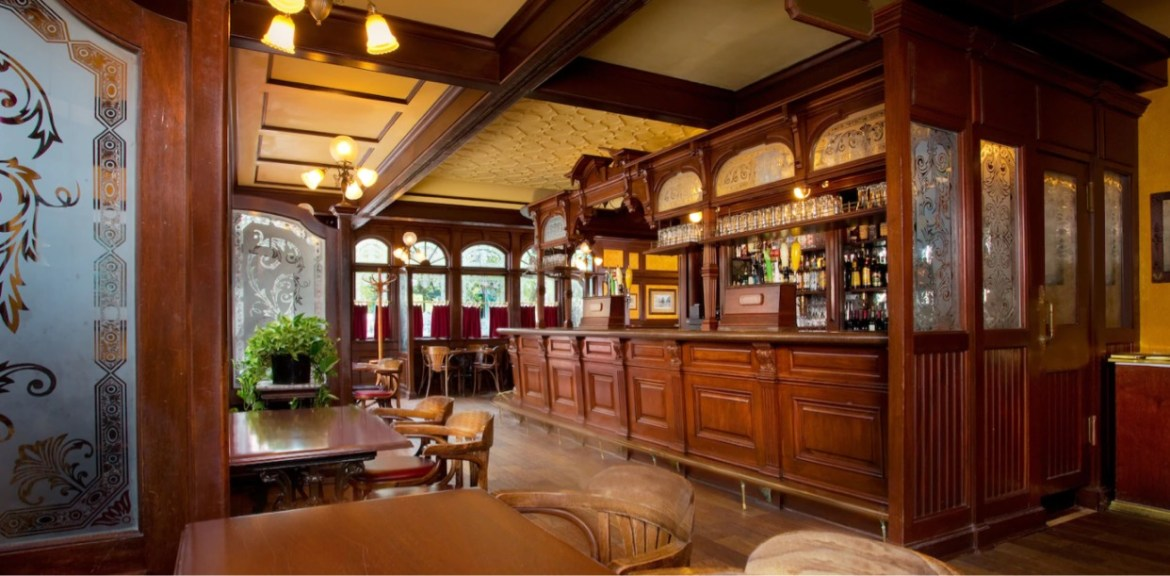Reservations now available Rose & Crown starting on March 21st