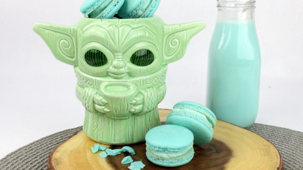 Make Your Own Baby Yoda Macarons At Home!