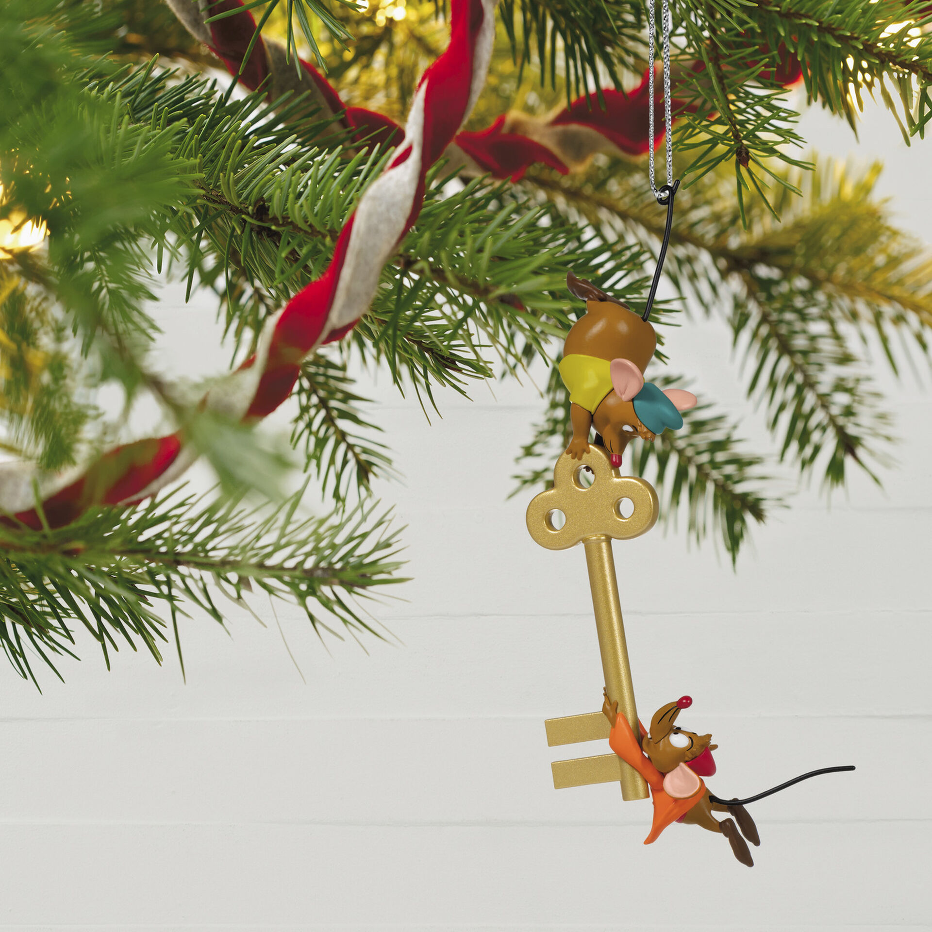Disney 2021 Christmas Ornament The 2021 Disney Hallmark Keepsake Collection Has Been Revealed Chip And Company