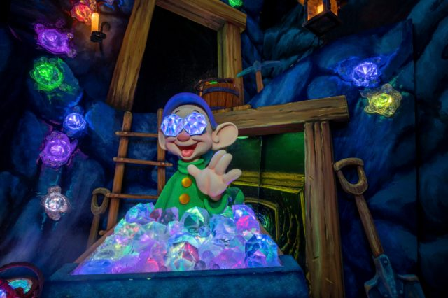 Reimagined attraction tells the story of Snow White's 'Happily Ever After 4