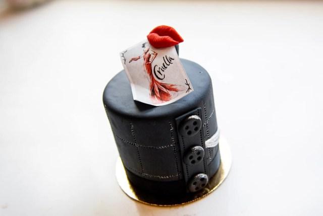 Cruella inspired petit cake atAmorette's Patisserie