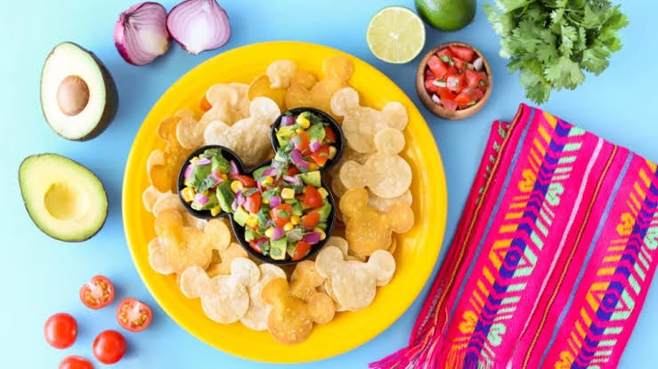 Magical Mickey Guacamole And Chips To Make At Home!