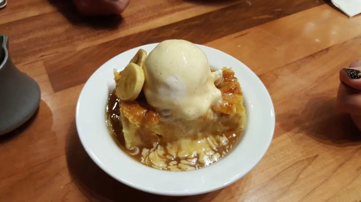 Learn How To Make A Banana Foster Bread Pudding From 'Ohana!