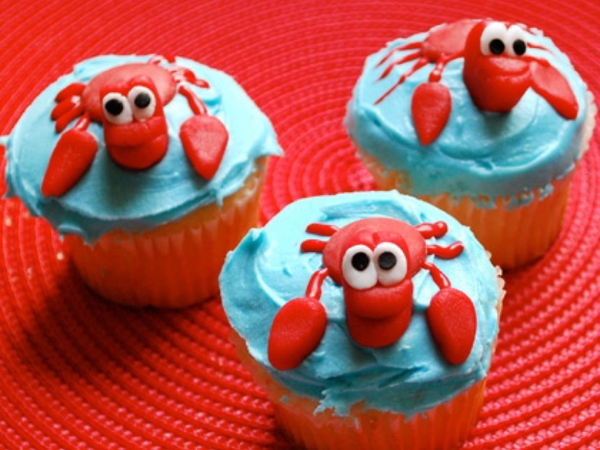 Go Under The Sea With These Adorable Sebastian Cupcakes!