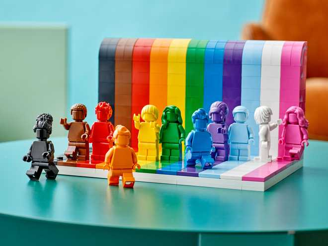 """LEGO Announces """"Everyone is Awesome"""" LEGO Pride Set Coming this June"""