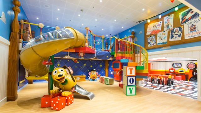 More details on the Toy Story Splash Zone onboard the Disney Wish 1