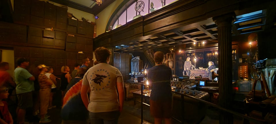 Escape from Gringotts Pre Show is running again! 3