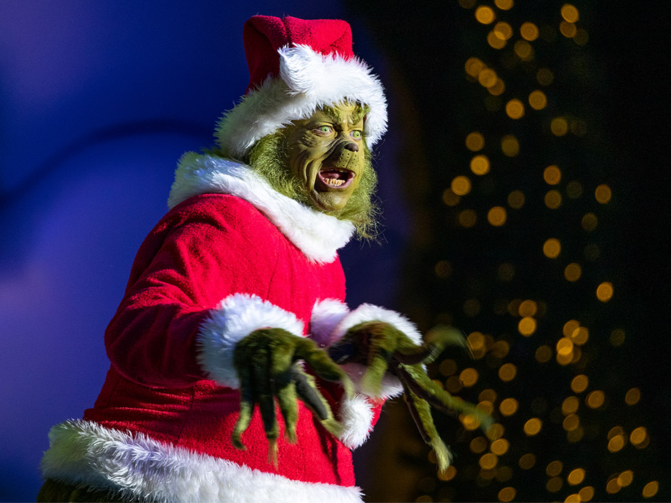 Universal Orlando is looking for Musical Theater Performers and Actors for the Holiday Season