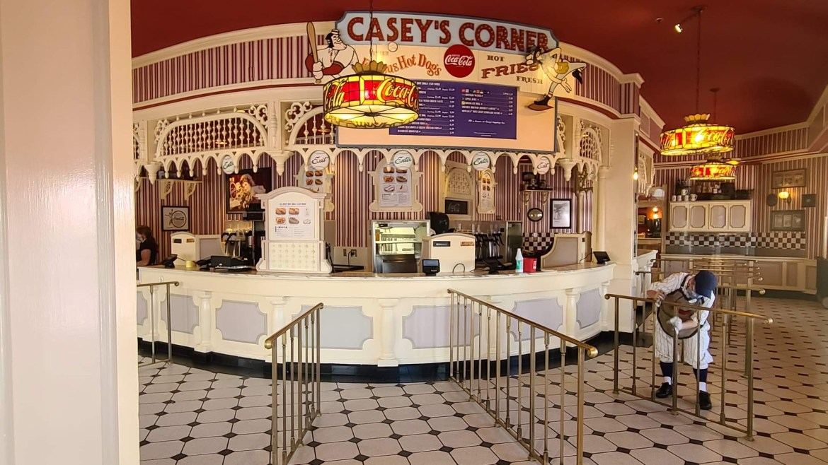 Casey's Corner Cast Members Return to Work to Prepare for Reopening