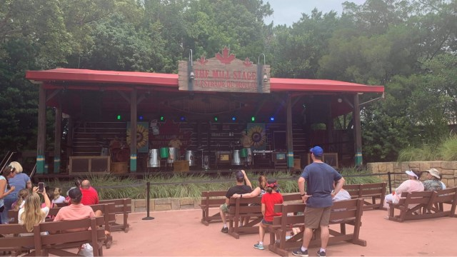Seating returns to Canada Pavilion Stage in Epcot 1