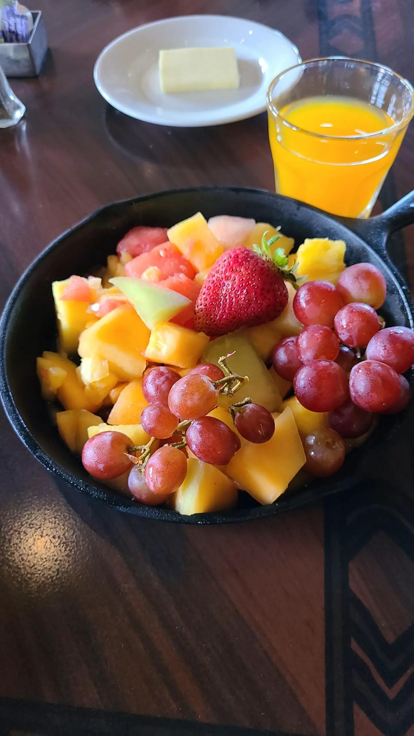 Ohana Breakfast is back at Disney's Polynesian Resort! 1