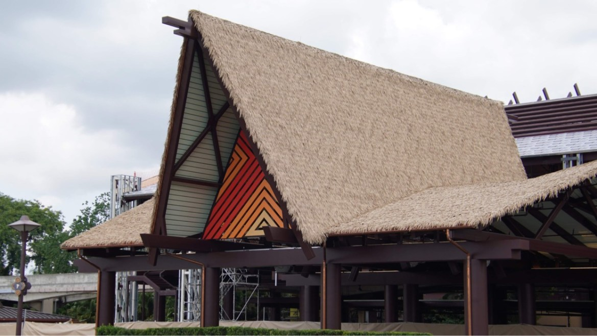 Polynesian Resort Monorail Station Construction is progressing fast