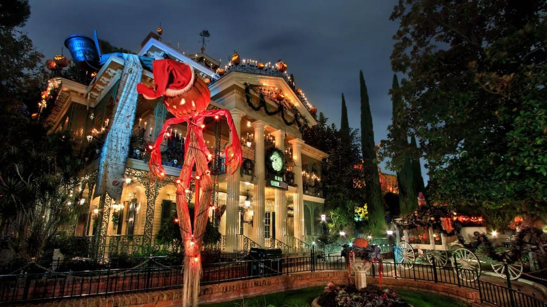 2021 Haunted Mansion Holiday Gingerbread House at Disneyland