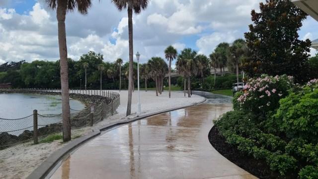 New walkway between Disney's Polynesian & Grand Floridian is now complete 3