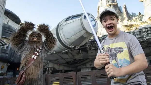 Star Wars fan Gaten Matarazzo drops by Star Wars Galaxy's Edge