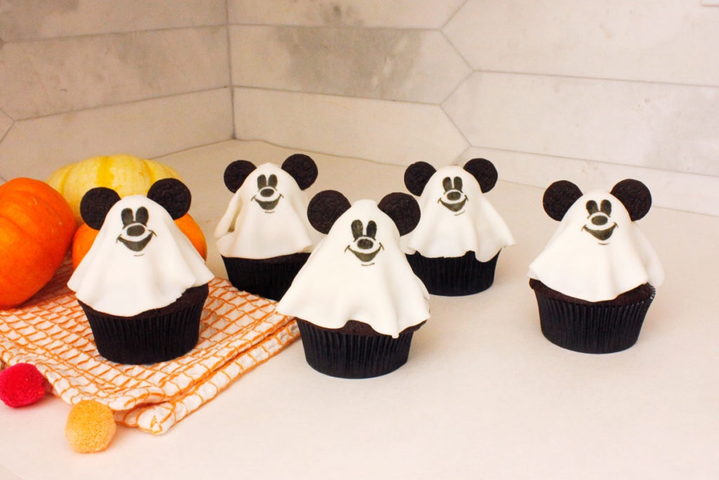 Have A Spooktacular Time With These Mickey Ghost Cupcakes!
