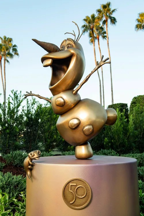 New Disney Fab 50 Statues debut in Epcot 8