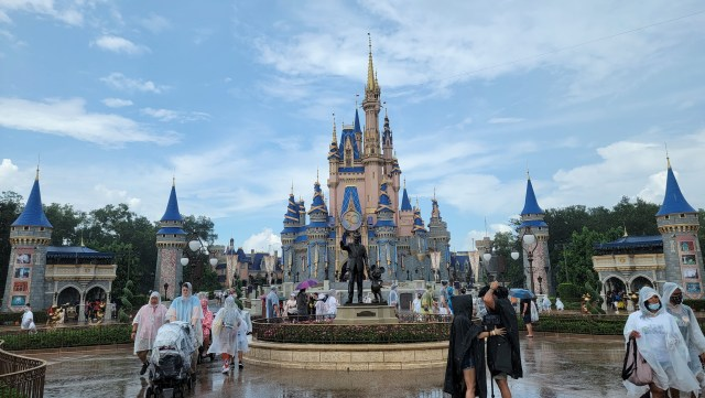 Video: Watch as Cinderella Castle receives 50th Anniversary Makeover 1