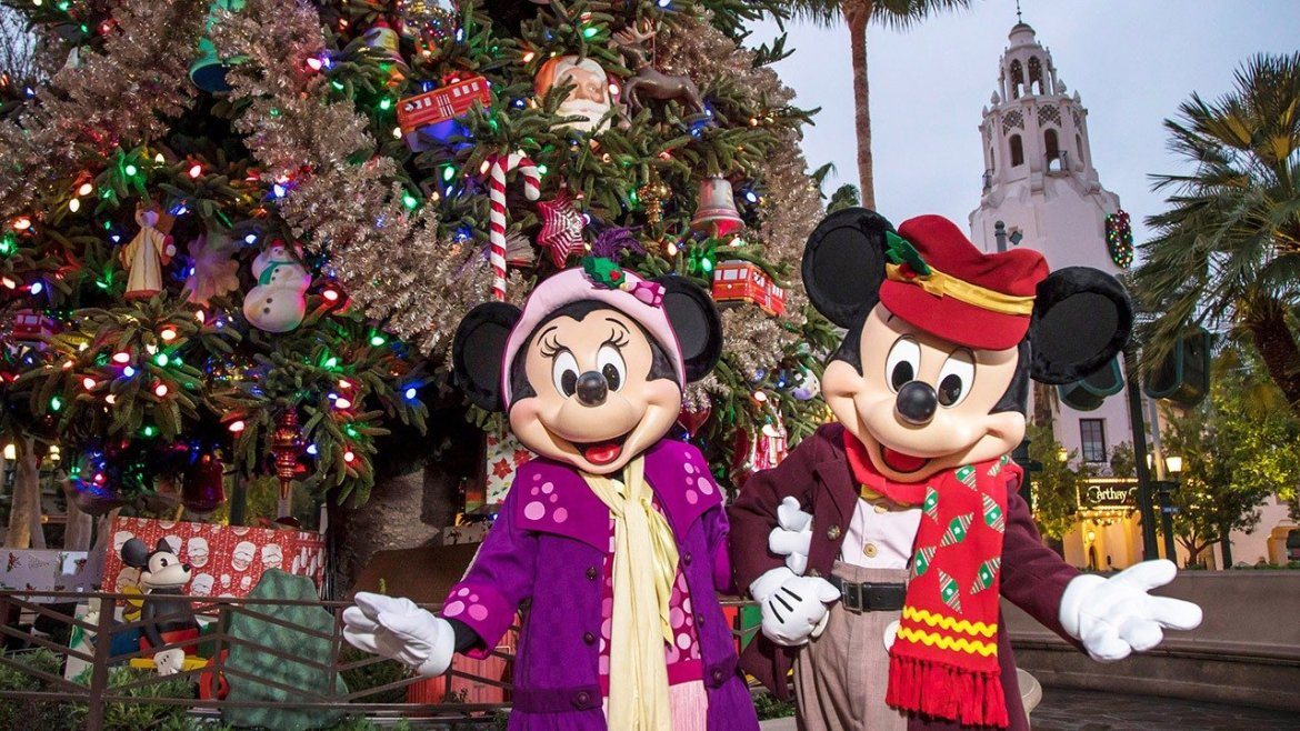 Sleeping Beauty Castle Christmas Decorations Spotted on Arrival at Disneyland