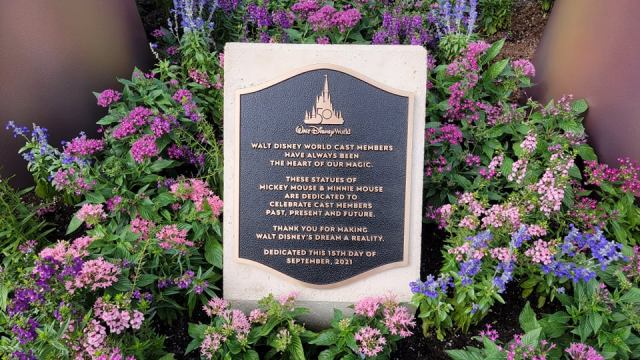 Disney dedicates Mickey & Minnie Fab 50 statues to Walt Disney World Cast Members 2