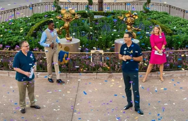 Disney dedicates Mickey & Minnie Fab 50 statues to Walt Disney World Cast Members 4