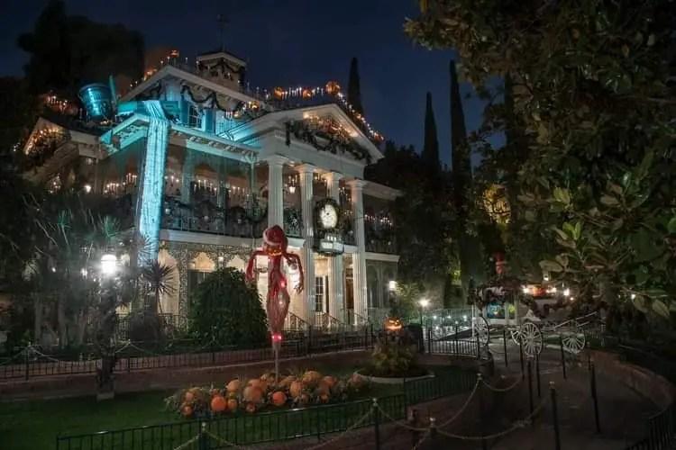 Halloween Returns to the Disneyland Resort 4