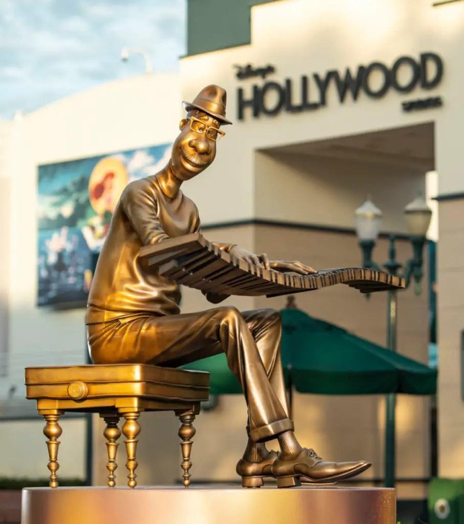 Disney Fab 50 Statues arrive in Hollywood Studios 2