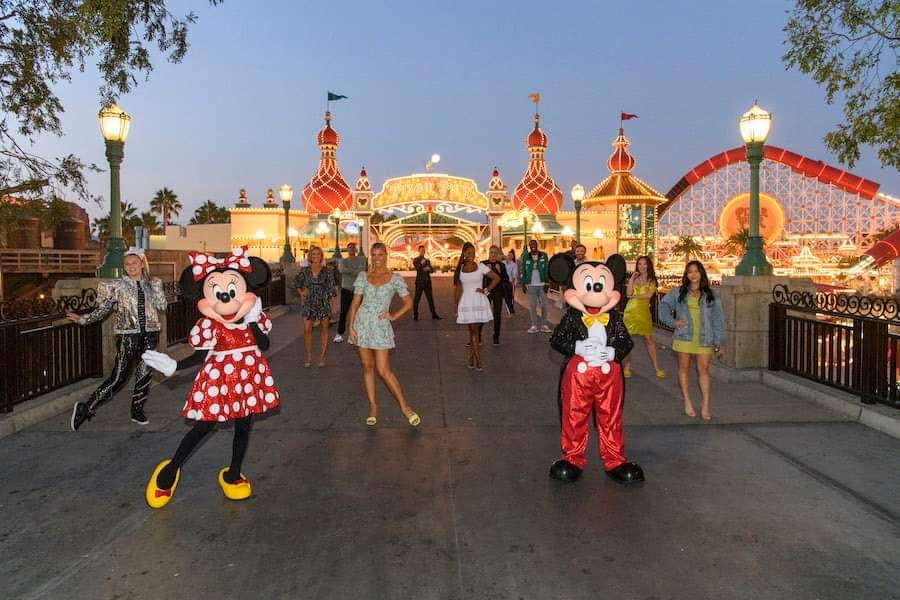 'Dancing With the Stars' Reveals Full Cast LIVE From Disneyland