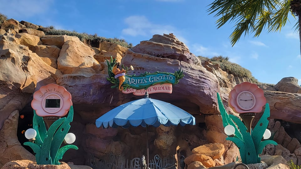 Sign for Ariel's Grotto Character Meet has been added back!