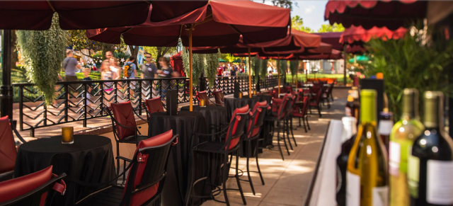 Hollywood Brown Derby Lounge is now open - no reservation needed! 1