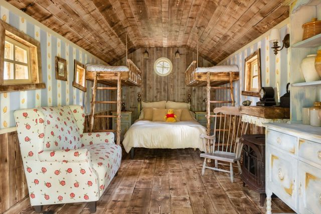 """Stay at the Winnie the Pooh Inspired """"Bearbnb"""" Location Brought to You By Disney and Airbnb 2"""