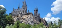 Universal Orlando is hiring ride and show technicians 9