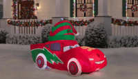 Light Up Your Yard With This Lightning McQueen Christmas Inflatable 16