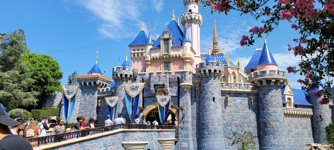 Disneyland will not require proof of vaccination unlike Universal Hollywood
