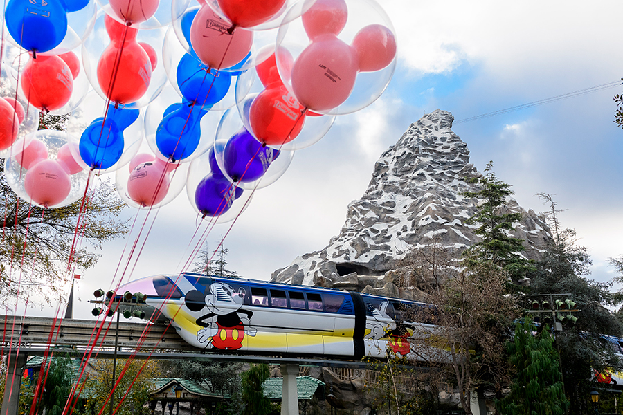Disneyland Monorail to return to service on October 15th