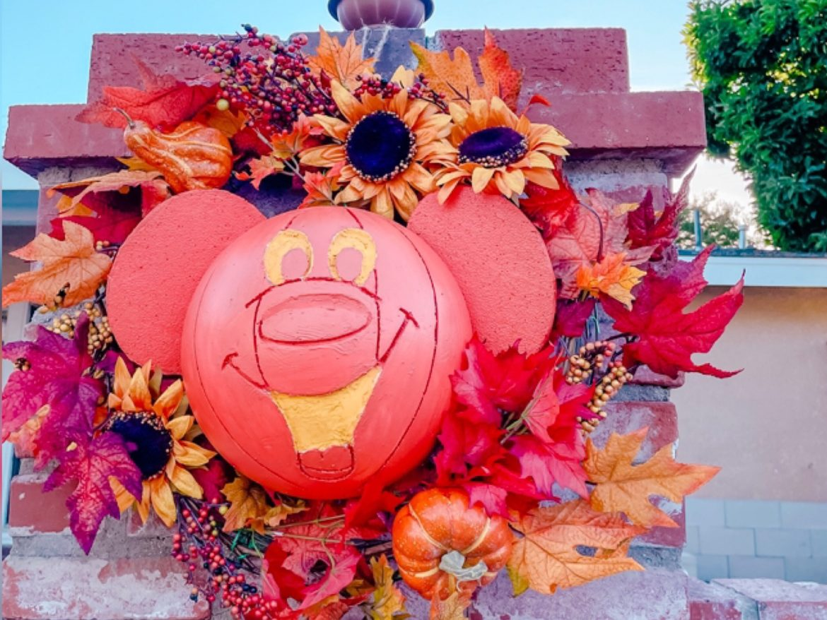 Mickey Pumpkin Wreath DIY To Add Some Disney Magic To Your Home!