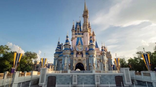 What is Disney Genie, Disney Genie+, and Lightning Lane 5