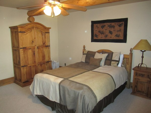 Honeymoon to Colorado 204 Two Bedroom A nice bedroom for two with a ceiling fan