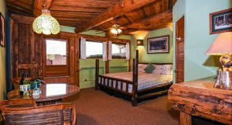 Lodge Deluxe Rooms
