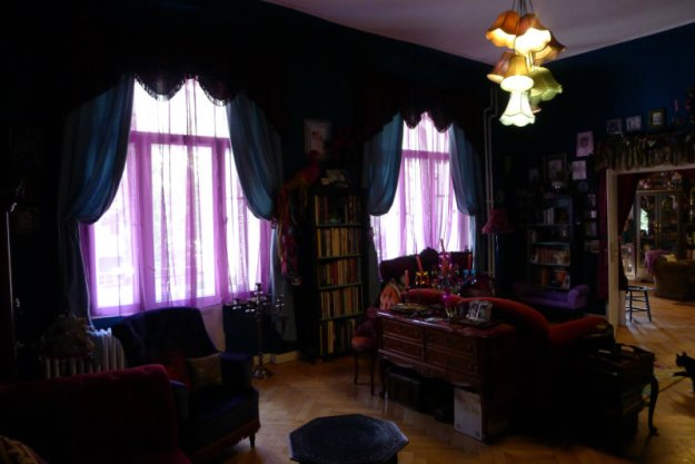 Suzanne Forbes decor Salon