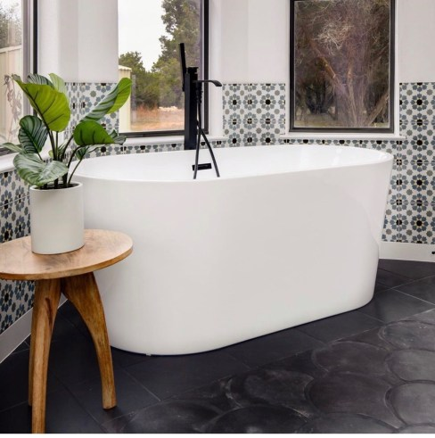 IMG 0072 How to style a contemporary bathroom