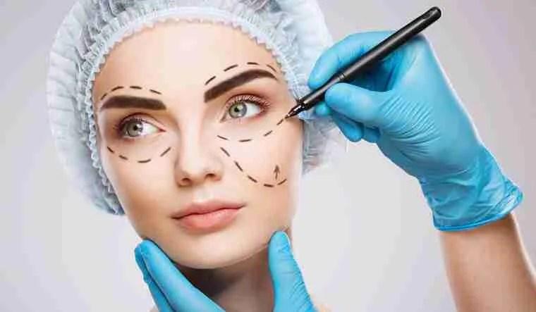 plastic surgery cosmetic surgery industry shut Upper Eyelid Aesthetics