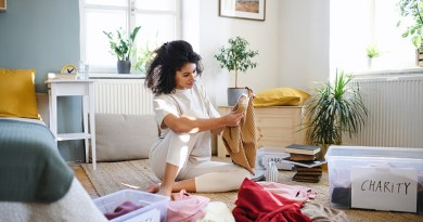 5 cleaning decluttering ideas woman decluttering clothes How to declutter your home