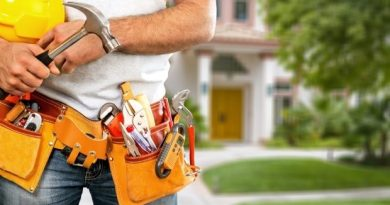 Optimized A professional holding his work tools e1562522066345 Benefits of Decluttering