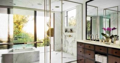 How Glass Can Enhance Your Bathroom: Bathroom Remodel Ideas