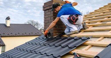Indy Reroofing Contractor Picking Moving Services